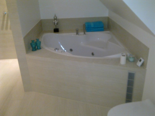 Unik badeværelse med spa.Sandalparken